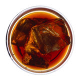 Bourbon sur des roches de té   Photographie stock