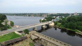 Bourderbridge ruso en Narva, Estonia fotos de archivo