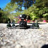 Bourdon - emballage de Quadcopter images stock