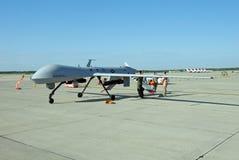 Bourdon MQ-1 prédateur sur l'affichage Photo libre de droits