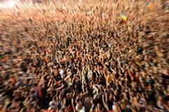 Bourdonnement en effet sur une foule brouillée Images libres de droits
