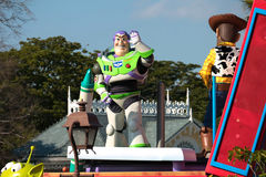 Bourdonnez l'année-lumière du défilé de Toy Story à Tokyo Disneyland photos stock
