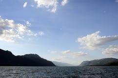 Bourget sjö och berg Royaltyfri Bild