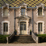 Bourgondische barok - Chateau corton-Andre, Frankrijk stock afbeeldingen