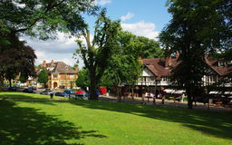 Bournville Village Green, Birmingham, het UK Stock Afbeeldingen