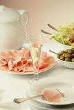 Bourrage et olives images libres de droits