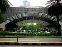 Bourse des valeurs philippine dans l'avenue d'Ayala, ville de makati, Philippines Photo stock