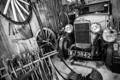 BOURTON-ON-THE-WATER, GLOUCESTERSHIRE/UK - 24 DE MARÇO: Vintage Tr Imagens de Stock Royalty Free