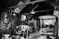 BOURTON-ON-THE-WATER, GLOUCESTERSHIRE/UK - 24 DE MARÇO: Vintage Tr Foto de Stock Royalty Free