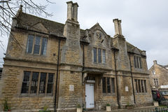 BOURTON-ON-THE-WATER, GLOUCESTERSHIRE/UK - 24 MARS : Victoria H Photos stock