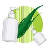 Bouteille avec de la crème ou le savon de Vera d'aloès Photographie stock libre de droits