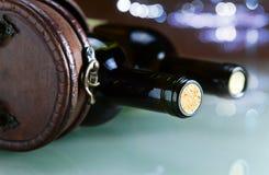 Bouteille avec du vin Image libre de droits