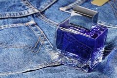 Bouteille bleue photos stock