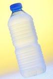 Bouteille d'eau douce Photographie stock libre de droits