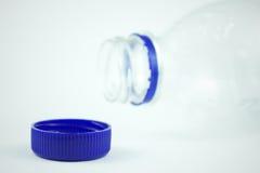 Bouteille d'eau en plastique images libres de droits