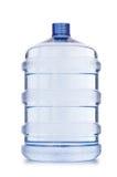 Bouteille d'eau sur le blanc Photos libres de droits