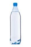 Bouteille d'eau sur le blanc Photographie stock libre de droits