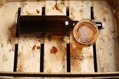Bouteille de bière de métier Images libres de droits