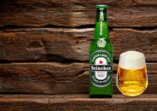 Bouteille de Heineken Lager Beer photos libres de droits