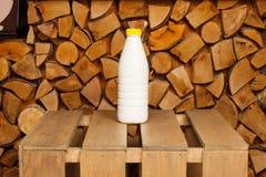 Bouteille de lait Photo stock