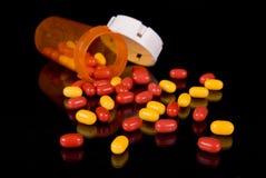 Bouteille de médecine et de prescription Images libres de droits