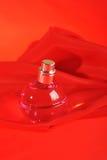 Bouteille de parfum Images stock