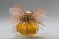 Bouteille de parfum images libres de droits
