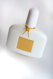Bouteille de parfum blanche Photo libre de droits