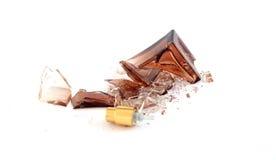 Bouteille de parfum cassée Image libre de droits