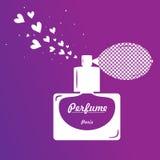 Bouteille de parfum sur le fond pourpre Image libre de droits