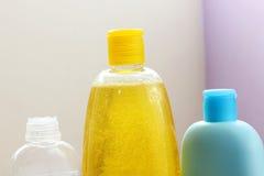 Bouteille de shampooing de bébé images libres de droits