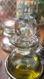 Bouteille en cristal pendant le matin image libre de droits