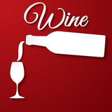 Bouteille et tasse de vin de papier. Images stock