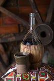 Bouteille traditionnelle de vin Image libre de droits