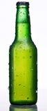 Bouteille verte de bière Photographie stock libre de droits