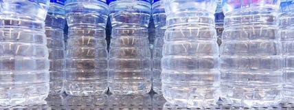 Bouteilles avec de l'eau Photo libre de droits