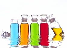 Bouteilles colorées Photo stock