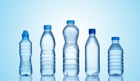 Bouteilles d'eau Images libres de droits