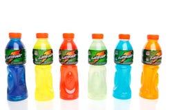 Bouteilles de boissons de sport d'énergie Photographie stock libre de droits