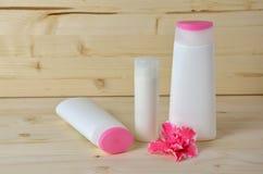 Bouteilles de cosmétiques Images libres de droits