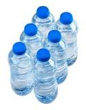 Bouteilles de l'eau image stock