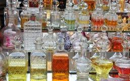 Bouteilles de parfum Images libres de droits