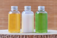 Bouteilles de produits biologiques, naturelles Photographie stock