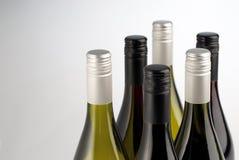 Bouteilles de vin d'isolement sur le blanc Image libre de droits