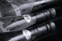Bouteilles de vin de Murfatlar très vieilles, vue d'isolement et en gros plan Photo stock