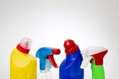 Bouteilles en plastique de produit d'entretien Images stock