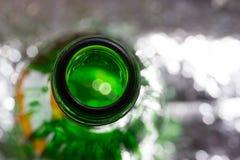 Bouteilles en verre de bière photographie stock