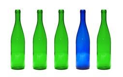 Bouteilles en verre vertes et bleues Photo libre de droits