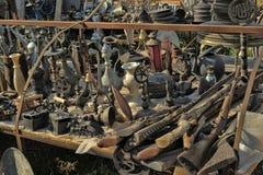 Boutique avec de diverses antiquités image stock