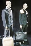 Boutique com manequins da forma foto de stock royalty free